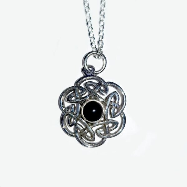 Celtic Knot, Pendant, Onyx, Silver 925, incl. Chain