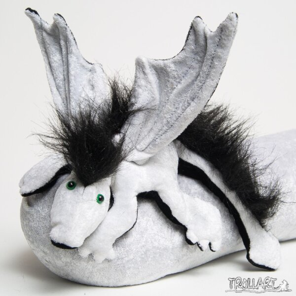 Shoulder dragon L2, white, black plushy crest, green eyes