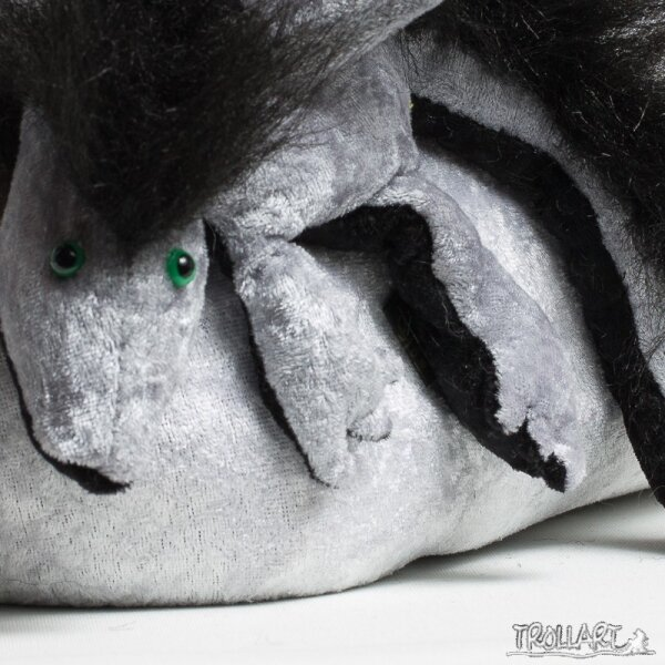 Shoulder dragon L2, silver, plushy crest